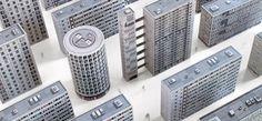 Zupagrafika hace honor a la Arquitectura Brutalista de Londres a través de Maquetas de Papel Paper Architecture, Concrete Architecture, London Architecture, Maquette Architecture, Architecture Plan, Photo D'architecture, Competition Book, Council Estate, Brutalist Buildings