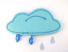 Brosche *Regenwolke*, Baumwolle // cloud brooche, cotton via DaWanda.com