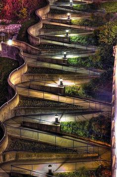 Amazing winding sidewalk in Chattanooga, Tennessee, USA.