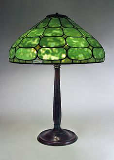 "20"" Colonial Authentic Tiffany Lamp"