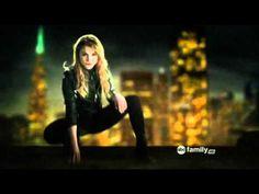 The Nine Lives of Chloe King - Theme - YouTube