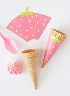 """Printable """"Strawberry"""" Ice cream cone wrappers!"""