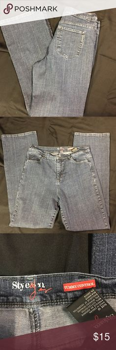 Style & Co Tummy Control Jeans Size 12 Style & Co Tummy Control Jeans Size 12. Nice stretch jeans in great condition! Boot cut. Style & Co Jeans Boot Cut