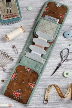 Вечерние посиделки: Мини швейный органайзер / Tiny sewing kit