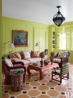Designer Mario Buatta created a painted floor for a sitting room in a Southampton, New York, house and glazed the paneling pistachio-green. See more green rooms for St. Architectural Digest, Emerald Green Rooms, Mario Buatta, Color Style, Colour Colour, Pastel Room, Picture Frame Molding, Chula, Happy House