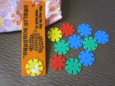 Vintage 1970s Deelie Bobbers with bag-Parker Brothers-Serenity game toy in pouch plastic flowers groovy kitschy mid century mod