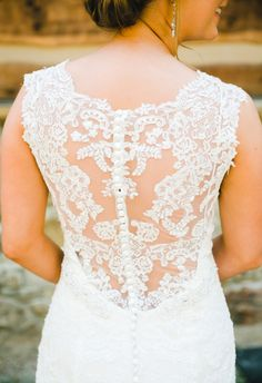 Buttons, beautiful lace back, elegant gown // Mary Margaret Smith Photography