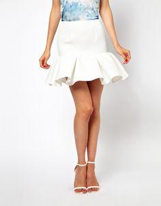 Frill-hem white skirt