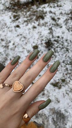 Natural Acrylic Nails, Fall Acrylic Nails, Acrylic Nail Designs, Green Nail Designs, Nagellack Design, Acylic Nails, Funky Nails, Fire Nails, Minimalist Nails