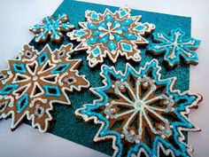 Worth Pinning: Snowflake Sugar Cookies [posting photo for inspiration only] Snowflake Cookie Cutter, Snowflake Cookies, Star Cookies, Fancy Cookies, Holiday Cookies, Gingerbread Dough, Snow Party, Christmas 2014, Christmas Stuff