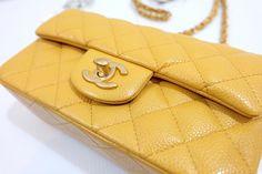 """กระเป๋าสะพาย Chanel Mini 8"""" Yellow Caviar GHW ของใหม่พร้อมส่ง‼️ - Iris Shop"""