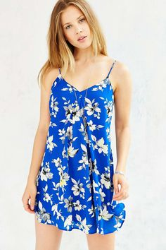 Love Sadie Floral Swing Dress