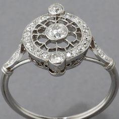 Antique Art Deco Style Platinum European-cut Diamond Engagement Ring