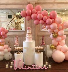 "14.6 mil curtidas, 78 comentários - #No.1 NIGERIAN CAKE BLOG (@cakebakeoffng) no Instagram: ""Something Pink ... Cake Dessert INSPIRATION ANYONE?? Via #balloonandribbons #Cakebakeoffng…"""