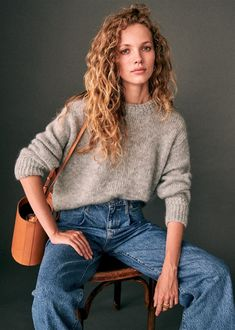 Sharing a round up of my ten favourite picks from the Sezane Autumn 2019 Collection, and what details drew me to each of those pieces. Gris Rose, Bobe, Electric Blue, Minimalist Fashion, Autumn Winter Fashion, Curly Hair Styles, Long Curly Hair, Fall Outfits, Short Curly Hair