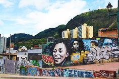 street art volunteering project bogota la candelaria