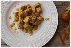 Pollo al curry con scaglie di mandorle