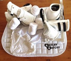 White Matchy set on sale! Enter coupon WHITE10 to get $10 off at matchymatchysets.com