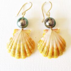 Sunrise shell & tahitian pearl earrings(E219)
