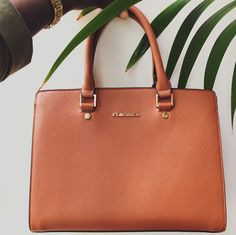It-bag.  #summer #bag #camel