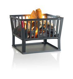 De Classic Squadra heeft een vierkant model en is gemaakt van gelakt staal, voorzien van hittebestendige verf. Handige handgrepen zorgen ervoor dat de vuurkorf eenvoudig verplaatsbaar is. Met de aanschaf van deze Vuurkorf gaat u een hoop warme, maar bovenal sfeervolle avonden tegemoet! Onze prijs € 69,95 Metal Fire Pit, Wood Burning Fire Pit, Fire Pits, Terrasse Design, Fire Basket, Garden Power Tools, Garden Fire Pit, Esschert Design, Bedroom Fireplace