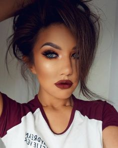 """Hi loves , tonight's look..... inbrick red , obsessed with this tones !  I used -Eye Shadows BOUDOIR , TIRAMISU & CARAMEL by @motivescosmetics -Pencil…"""