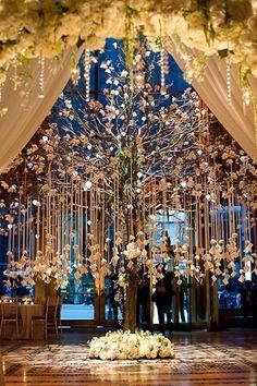 não acredito que eu achei! a árvore em casamento, ideal para pendurar minhas gaiolas de lembrancinha personalizadas!