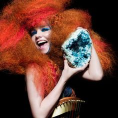 stream new bjork album! daydream about the day you and bjork open a icelandic bakery together! Mazzy Star, Art Visage, You Drive Me Crazy, Music Documentaries, Portraits, She Song, Music Icon, Detailed Image, Musical