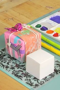 This Gift Wrapping Technique That Will Blow Your Mind!!