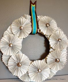 DIY: Book Page Wreath Tutorial (would definitely hang with a soft ribbon instead) Book Page Wreath, Book Page Crafts, Recycled Books, Newspaper Crafts, Diy Wreath, Tulle Wreath, Wreath Ideas, Wreath Tutorial, How To Make Wreaths