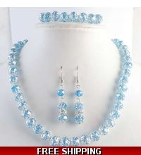 Lucky 7 special! $15 for this beautiful jewelry set!