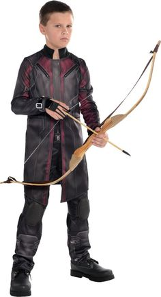 Our Boys Hawkeye Costume is a bull's-eye! This Boys Hawkeye Costume from Avengers: Age of Ultron features a jumpsuit with a leatherette shooting glove and foam kneepads. Movie Halloween Costumes, Chic Halloween, Halloween 2018, Halloween Crafts, Boy Cartoon Characters, Marvel Characters, Hawkeye Costume, Captain America Costume, Avengers Age