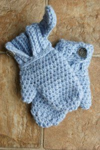 One Skein Mittens - All you need is less than one ball of bulky weight yarn to crochet these One Skein Mittens. This quick and easy crochet pattern is a great winter accessory pattern to make in any color.