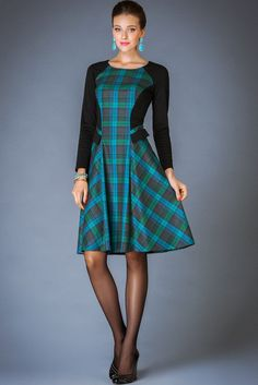 25 Cheap Dresses For Ending Your Winter outfit fashion casualoutfit fashiontrends Chic Outfits, Trendy Outfits, Mode Tartan, Modest Fashion, Fashion Dresses, Sewing Dress, Tartan Dress, Vestidos Vintage, One Piece Dress