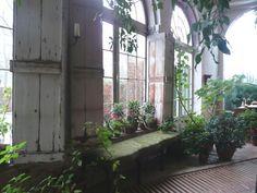 axel-vervoordt-belgian-garden-room-gardenista