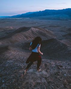 Running around Death Valley after sunset with @mariahkan. Found a nice spot overlooking the whole valley without another soul around. The silence of the desert always leaves me in awe.