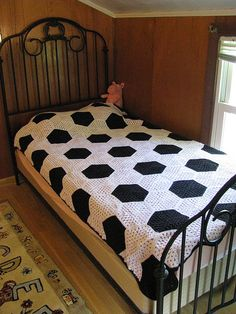 Ravelry: DC Cluster Granny Hexagon pattern by Monet Bedard