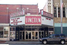 The Lincoln Theater Decatur, Illinois Clinton Illinois, Decatur Illinois, Central Illinois, Scary Places, Haunted Places, Abandoned Places, The Places Youll Go, Places To See, Lincoln