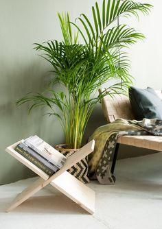 DIY: Plywood Magazine Holder
