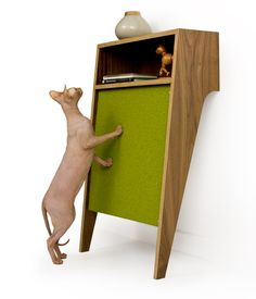 1000 images about cat scratching 39 things 39 on pinterest for Chaise lounge cat scratcher