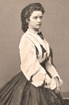 Sissi, Empress Elisabeth of Austria-Hungary. Cousin to Ludwig II. Edwardian Clothing, Historical Clothing, Austria, Die Habsburger, Empress Sissi, Cousin Love, Civil War Fashion, Ludwig, Her World