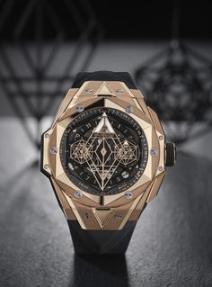 Buy Hublot Watches from the largest Authorised Retailer. Complete collection include Big Bang, Classic Fusion, Spirit of Big Bang and more. Cool Watches, Watches For Men, Hublot Watches, Culture Pop, Luxury Watch Brands, Big Bang, Watch Companies, Beautiful Watches, Blue Bloods