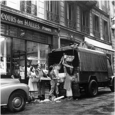 denise colomb les halles de paris - Photo de Denise Colomb Halles de PARIS - Réunion des musées - Architecture commerciale et devantures - shop design
