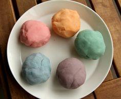 How to make natural playdough. #DIY #Playdough