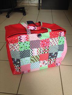 Mon sac pour ma machine à coudre https://www.facebook.com/ladix.ladix.1/posts/1886369974953997