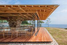 kengo kuma stacks cedar boards to form tree-inspired 'coeda' house in japan Architecture Du Japon, Architecture Baroque, Pavilion Architecture, Residential Architecture, Contemporary Architecture, Architecture Details, Sustainable Architecture, Kengo Kuma, Seaside Cafe