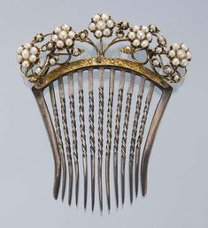 Moments and Memories ~ I love collecting vintage hair combs