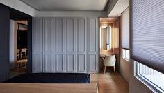 Paneled wardrobe in the bedroom