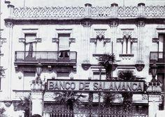 Salamanca en el ayer: Plaza de los Bandos Plaza, Maps, Savings Bank, Bible Art, Gates, Old Photos, Monuments, Palaces, Blue Prints