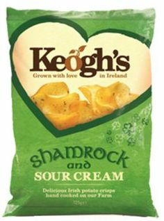 Irish farm business Keogh's have launched limited edition Shamrock and Sour Cream Irish potato crisps to mark St Patrick's Day for sale in Superquinn, select retailers and online. The Shamrock is being used for the first time as a food in the hand-coo. Sour Cream Potatoes, Irish Potatoes, Creamed Potatoes, Irish Recipes, Sweet Recipes, Snack Recipes, Snacks, Fresh Potato, Juice Branding